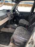 Mitsubishi Pajero iO, 1998 год, 289 999 руб.
