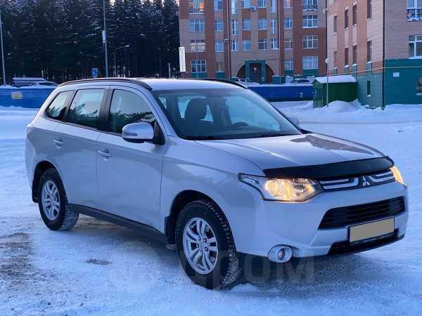 Mitsubishi Outlander, 2013 год, 985 000 руб.