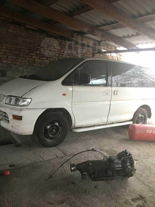 Mitsubishi Delica, 1998 год, 200 000 руб.