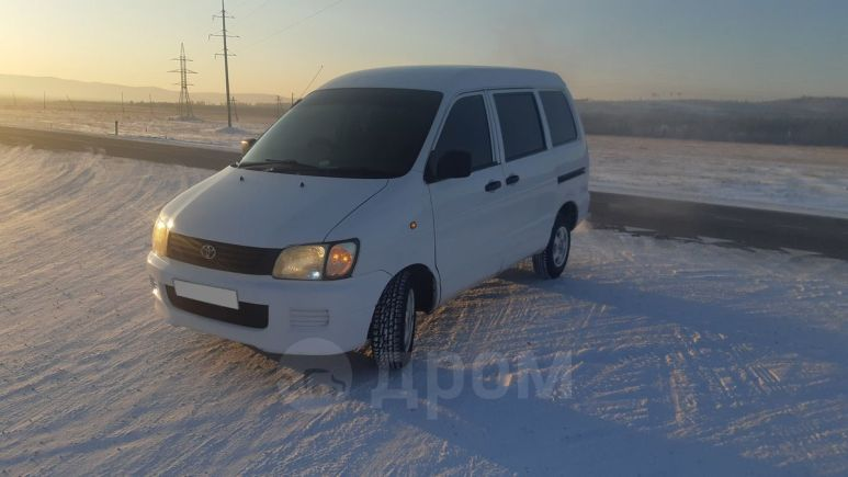 Toyota Town Ace, 2000 год, 245 000 руб.