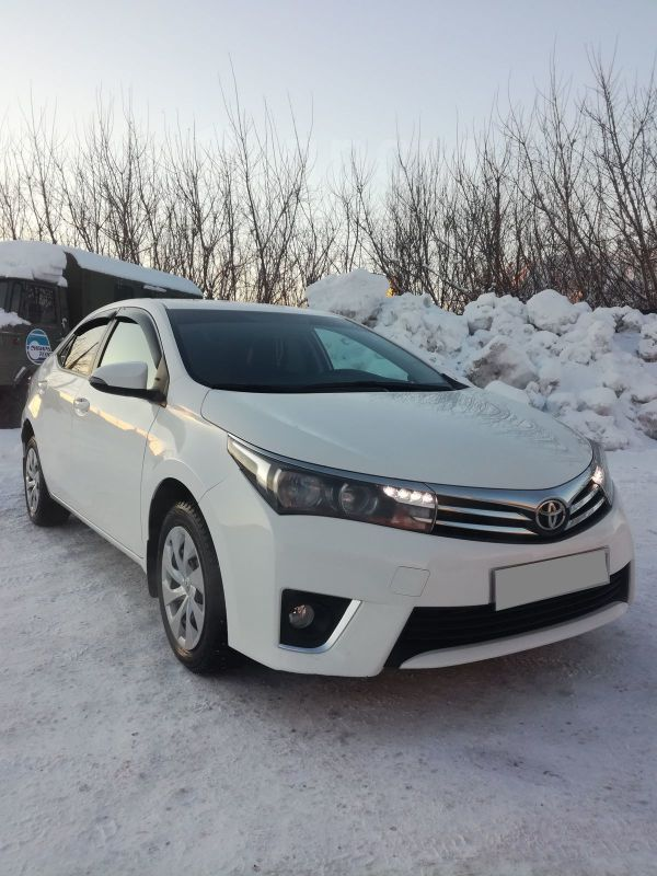 Toyota Corolla, 2014 год, 865 000 руб.