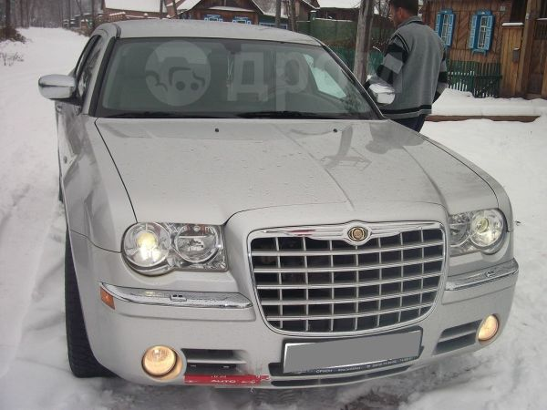 Chrysler 300C, 2007 год, 500 000 руб.