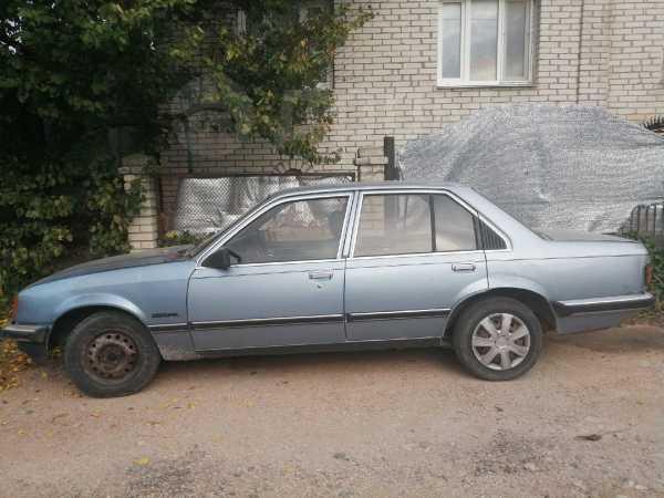 Opel Rekord, 1982 год, 30 000 руб.
