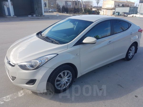 Hyundai Elantra, 2013 год, 699 000 руб.