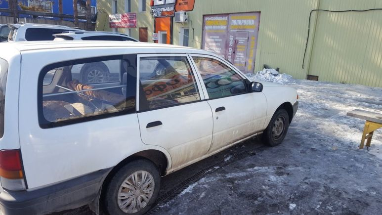 Nissan AD, 1994 год, 57 000 руб.
