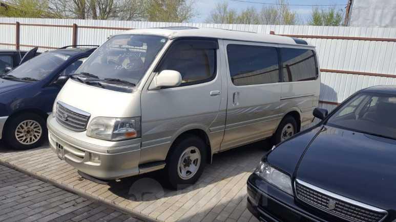 Toyota Hiace, 2002 год, 340 000 руб.