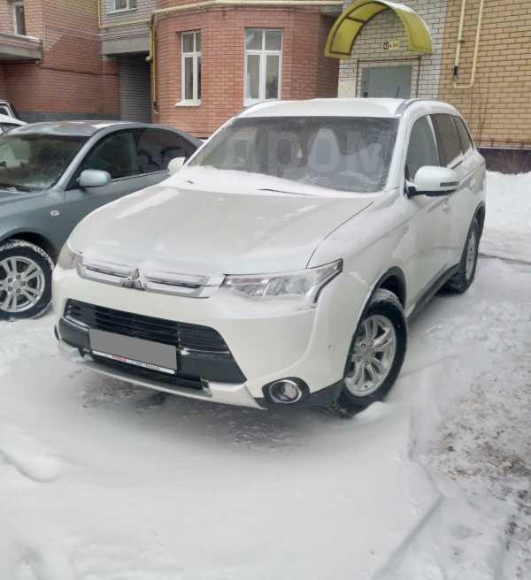 Mitsubishi Outlander, 2014 год, 920 000 руб.