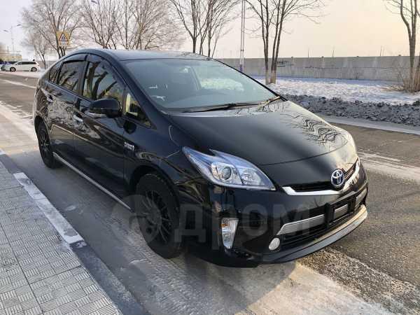 Toyota Prius PHV, 2015 год, 950 000 руб.
