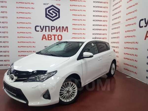 Toyota Auris, 2014 год, 690 000 руб.