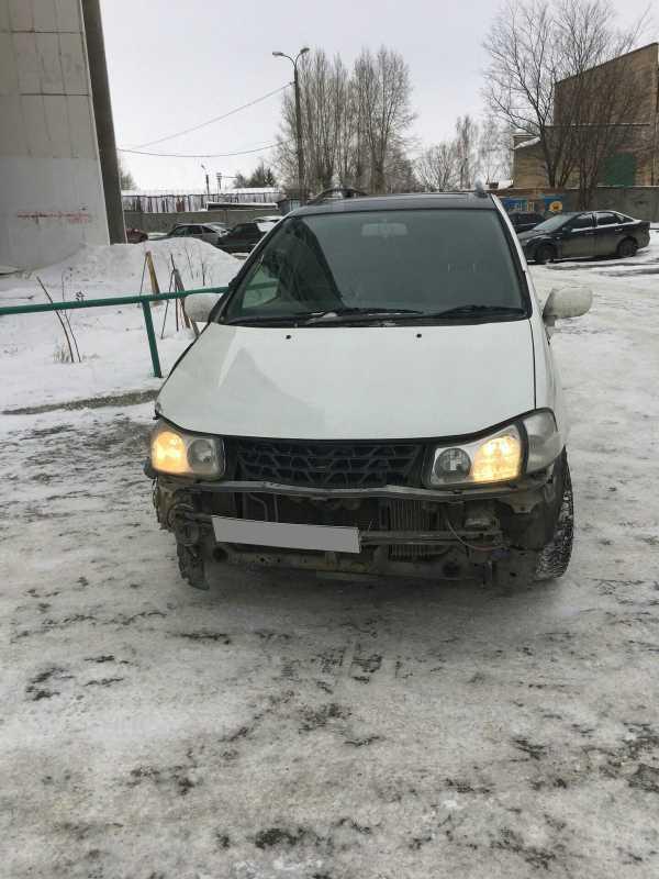 Nissan Liberty, 2000 год, 128 000 руб.