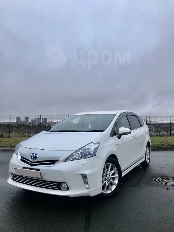 Toyota Prius a, 2013 год, 1 100 000 руб.
