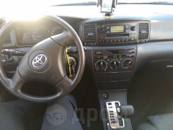 Toyota Corolla, 2003 год, 399 000 руб.