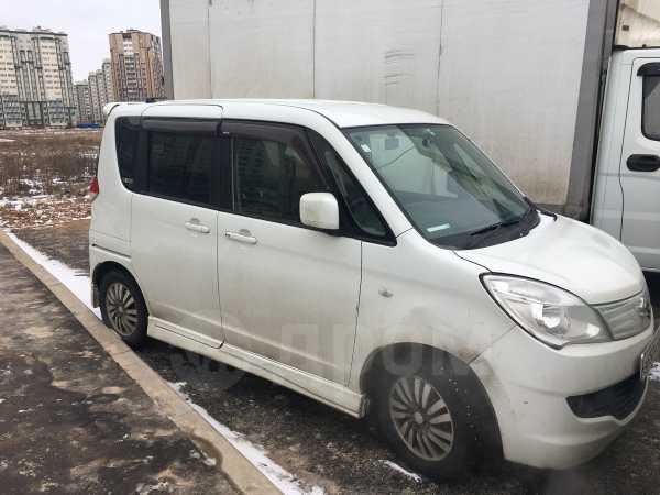 Suzuki Solio, 2011 год, 390 000 руб.
