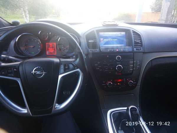 Opel Insignia, 2010 год, 590 000 руб.