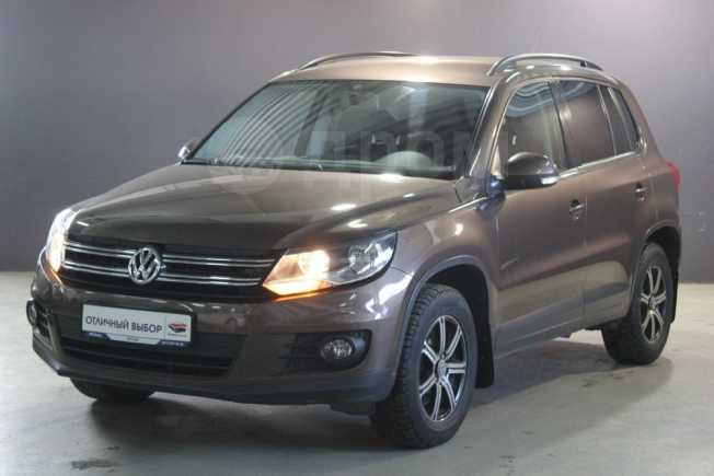 Volkswagen Tiguan, 2014 год, 699 000 руб.