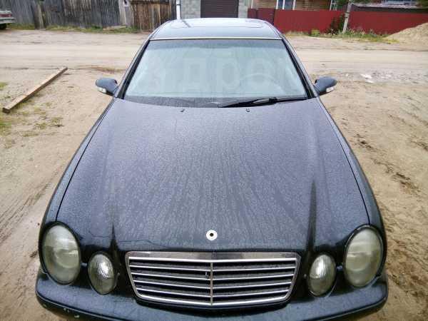 Mercedes-Benz CLK-Class, 2000 год, 450 000 руб.
