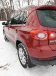 Volkswagen Tiguan, 2009 год, 659 000 руб.