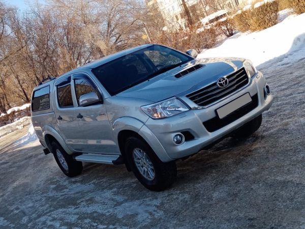 Toyota Hilux Pick Up, 2014 год, 1 197 000 руб.