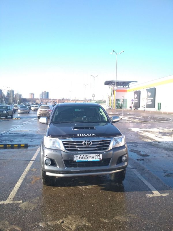 Toyota Hilux Pick Up, 2012 год, 1 180 000 руб.