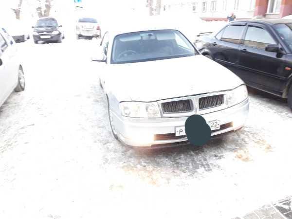 Nissan Gloria, 2000 год, 540 000 руб.