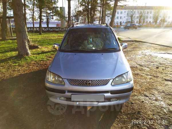 Toyota Corolla Spacio, 1998 год, 245 000 руб.