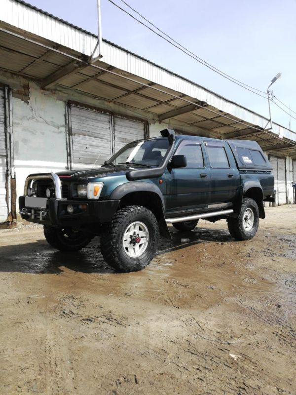 Toyota Hilux Pick Up, 1997 год, 750 000 руб.