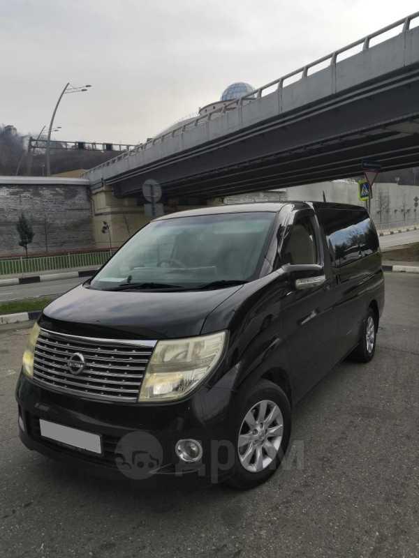 Nissan Elgrand, 2005 год, 260 000 руб.