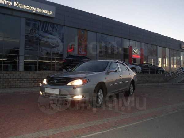 Toyota Camry, 2003 год, 535 000 руб.