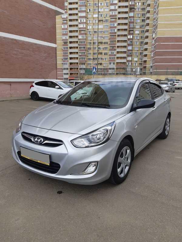 Hyundai Solaris, 2011 год, 410 000 руб.