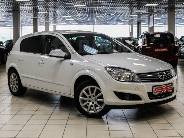 Opel Astra, 2013 год, 499 900 руб.