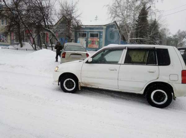 Mazda Demio, 2002 год, 140 000 руб.