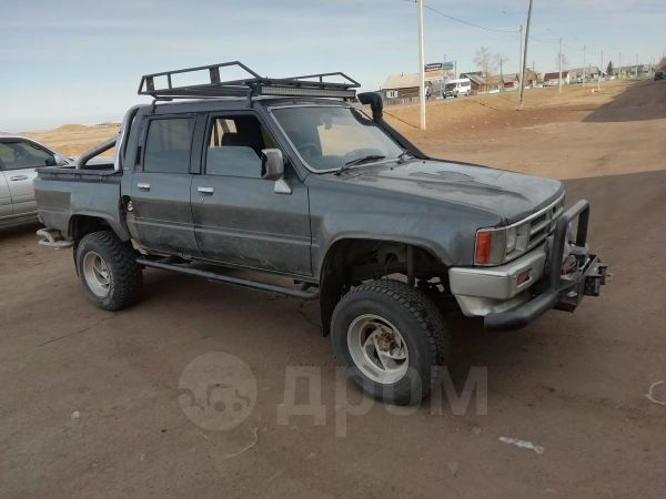 Toyota Hilux Pick Up, 1991 год, 380 000 руб.
