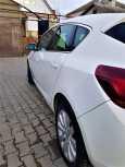 Opel Astra, 2011 год, 418 450 руб.