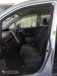 Toyota Voxy, 2010 год, 850 000 руб.