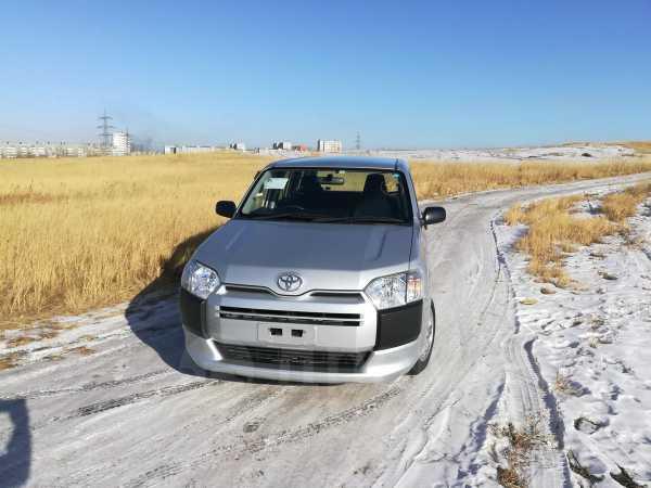 Toyota Probox, 2016 год, 588 000 руб.