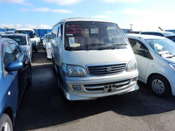 Toyota Hiace, 2000 год, 390 000 руб.
