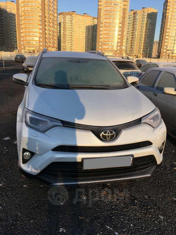 Toyota RAV4, 2018 год, 1 800 000 руб.