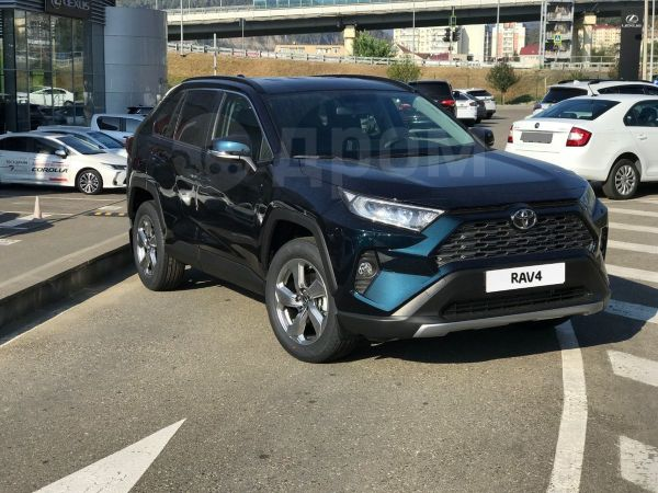 Toyota RAV4, 2020 год, 2 272 000 руб.