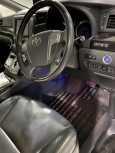 Toyota Vellfire, 2012 год, 1 900 000 руб.