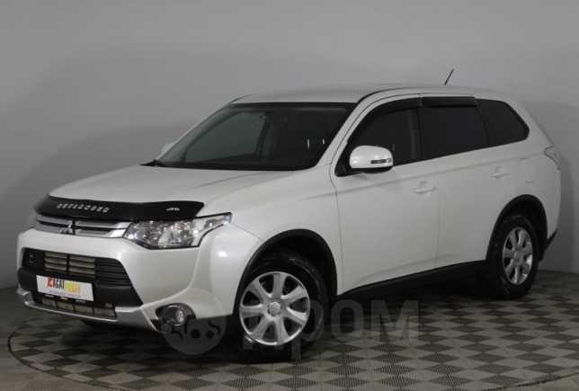 Mitsubishi Outlander, 2014 год, 880 000 руб.