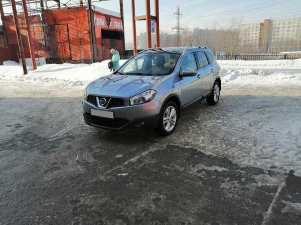 Nissan Qashqai+2, 2010 год, 750 000 руб.