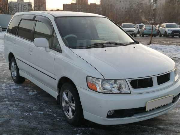 Nissan Bassara, 2002 год, 385 000 руб.