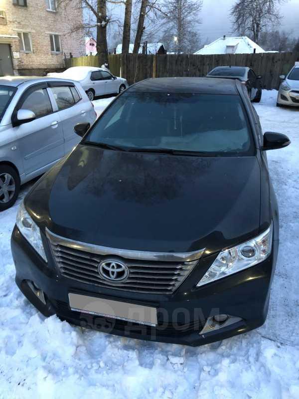 Toyota Camry, 2013 год, 880 000 руб.