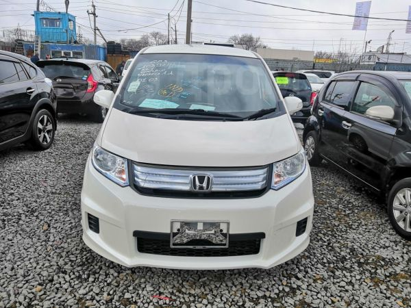 Honda Freed Spike, 2012 год, 720 000 руб.