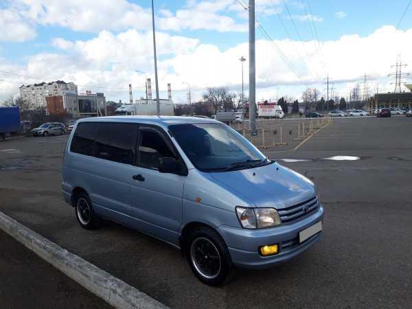 Toyota Town Ace Noah, 1998 год, 269 000 руб.