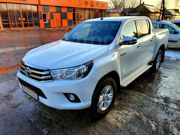 Toyota Hilux Pick Up, 2016 год, 1 735 000 руб.
