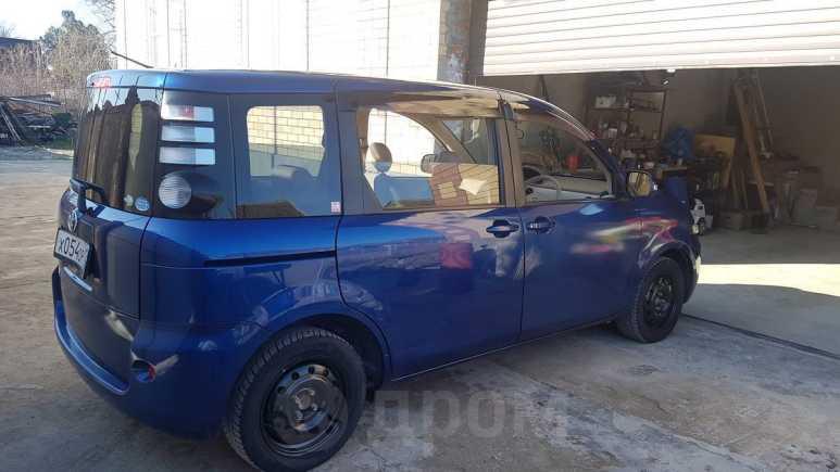 Toyota Sienta, 2010 год, 475 000 руб.