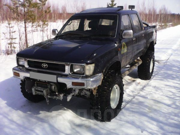 Toyota Hilux Pick Up, 1992 год, 450 000 руб.