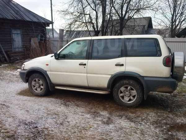 Nissan Terrano II, 2003 год, 300 000 руб.