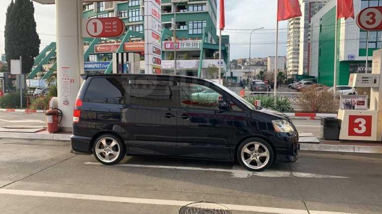 Toyota Noah, 2004 год, 310 000 руб.